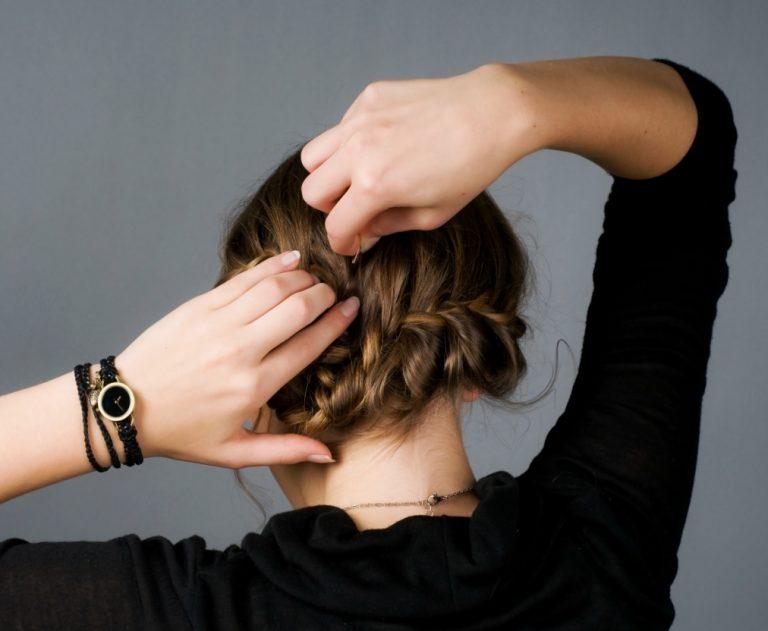 Haare-flechten-step-by-step-diy-selber-machen-Anleitung-Flechtfrisur-KLIPP-Frisör-Friseur