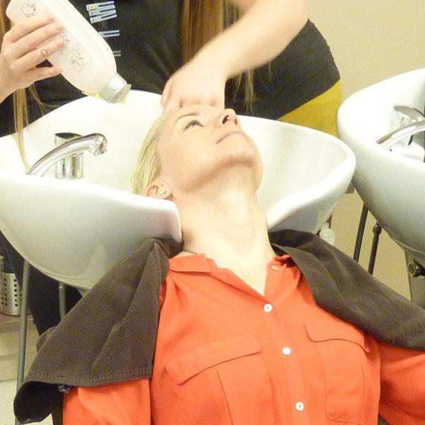Olaplex-Salonbehandlung-vorher-nachher-KLIPP-Frisör-Friseur-Rebulid