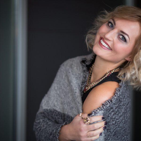 Traumlook-Carina-Bloggerin-KLIPP-Frisör-Friseur