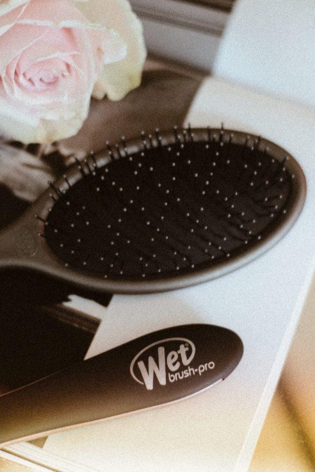 Wet-Brush-Pro-Paddlebürst-Bürste-Kamm-kaufen-KLIPP-Frisör-Friseur