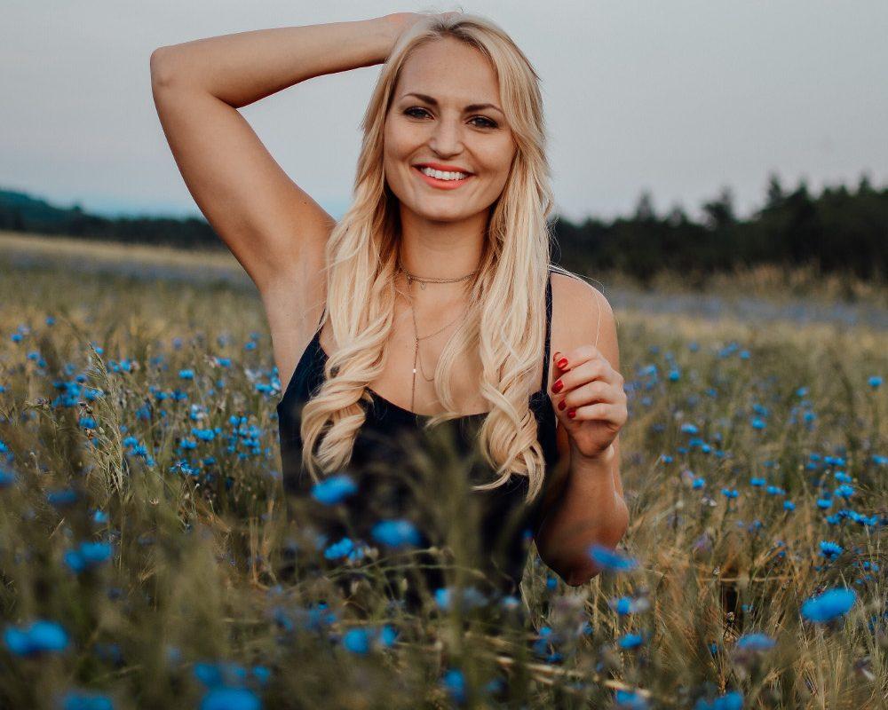 Haarverlängerung Carina Berry KLIPP Frisör Friseur Tapes Verlocke