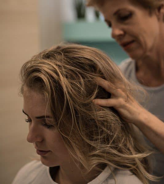 bloggerin-oliviasly-lichttherapie-wohlfühl-deluxe-haarwuchs-salon
