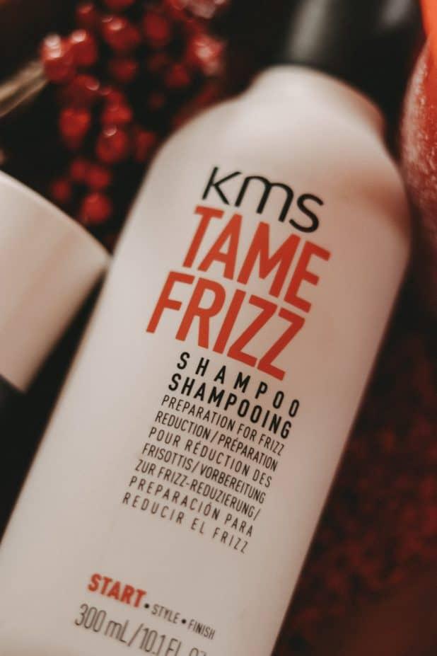 KMS-Tame-Frizz-Shampoo-KLIPP-klippshop-anti-frizz