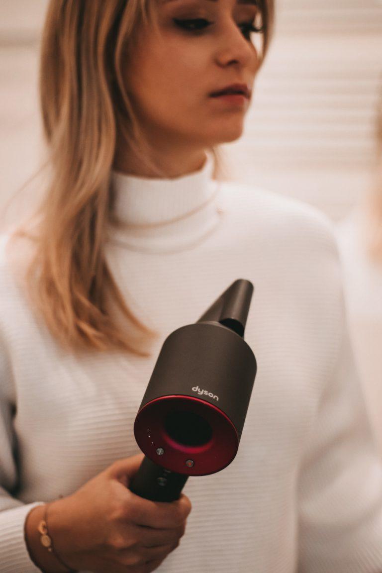 Volumen-haare-dyson-klipp-frisör